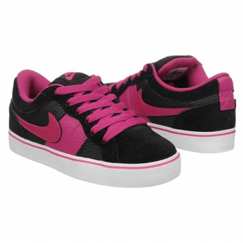Pink Nikes Go Back To School In STYLE With @FamousFootwears BOGO #Deals!
