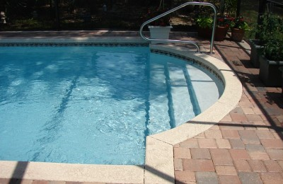 Splashing in the Backyard: Choosing the Right Swimming Pool for Your Growing Family