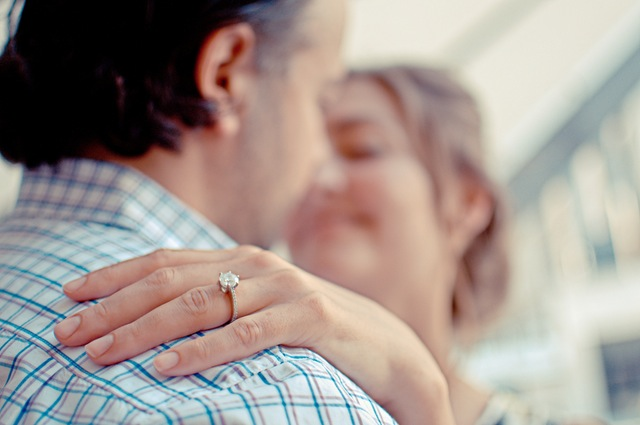 3 Little Things You Can Do to Connect with the Hubby