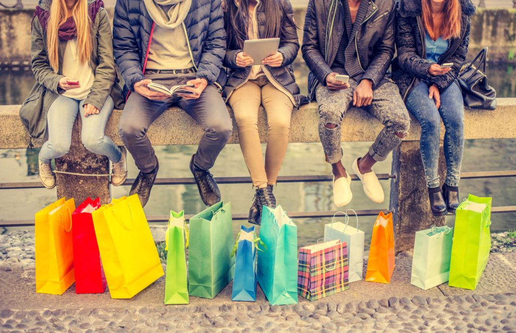 6 Awesome Cyber Monday Shopping Tips