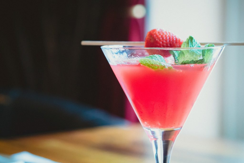 Best Dessert Cocktail Ideas for the Stay-at-Home Bartender
