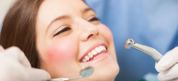 4 Ways to Improve Your Smile and Maintain Oral Health