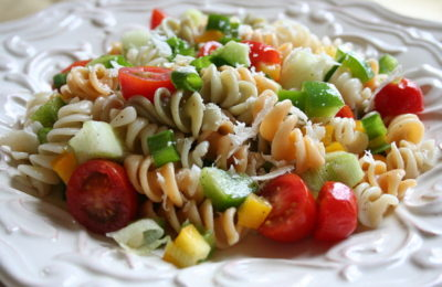 How to Make a Delicious Tomato Pasta Salad