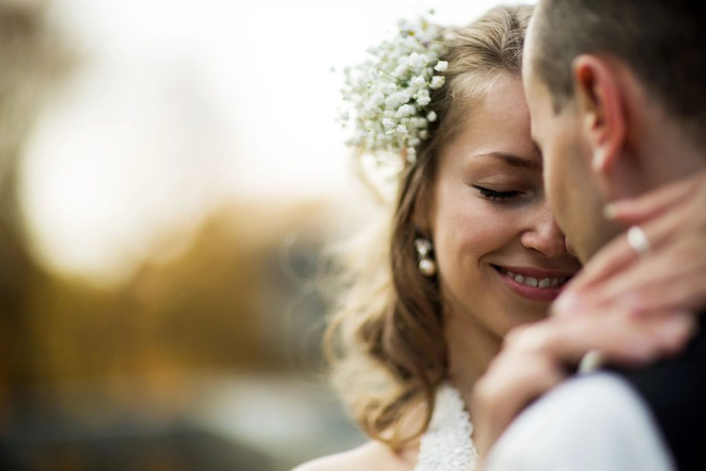 5 Tips That Will Lower the Cost of Your Wedding Video