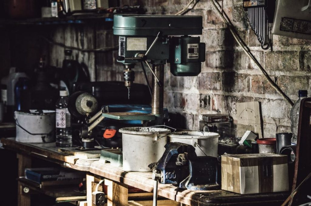 How to Organize Your Garage for Easy Cleanup