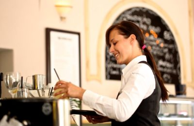 How To Make A Decent Living As A Restaurant Server
