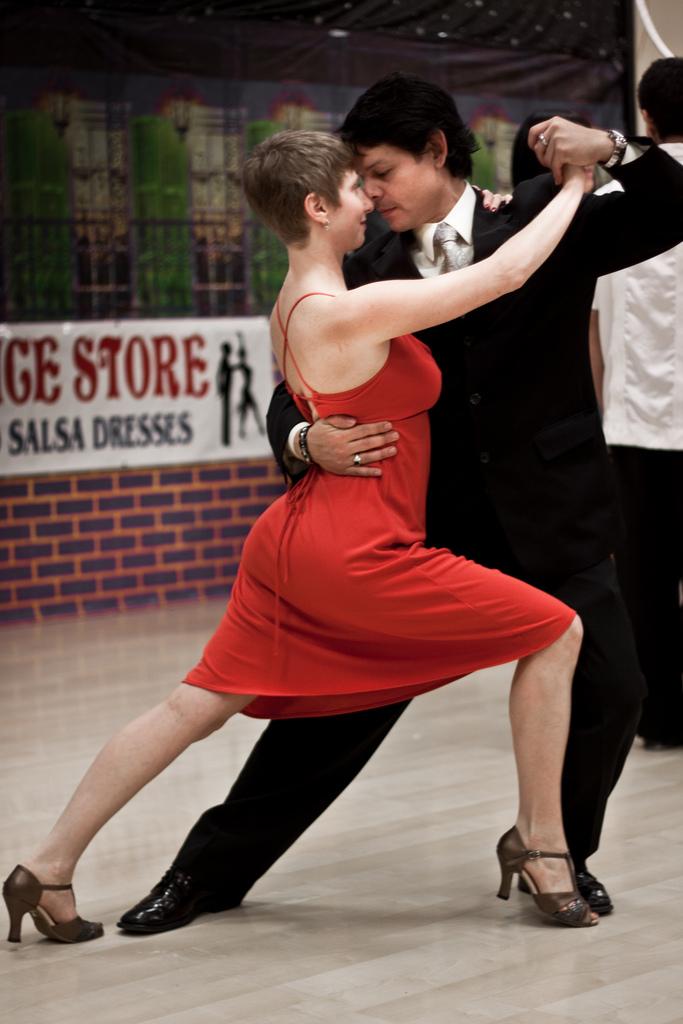 4345161183 4cf633fd9b b The Dance: Movement of Love