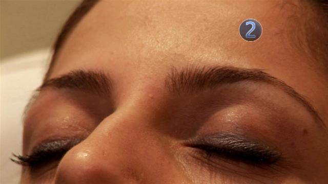 Learning how to thread eyebrows - Boudoir vixen