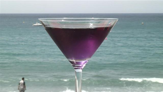 coconut breeze cocktail, drinks, martini
