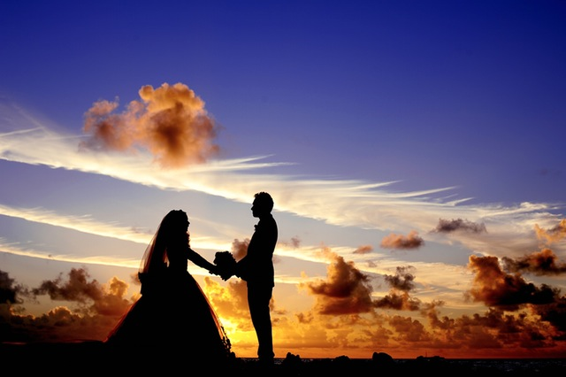 Bon Voyage: Should You Have Your Wedding Abroad?