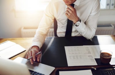4 Essential Tips for Choosing a Professional Business Attorney