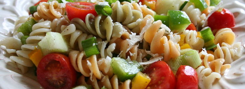 How to Make a Delicious Tomato Pasta Salad