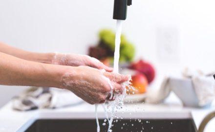 4 Hacks to Break the Bonds of a Full Sink