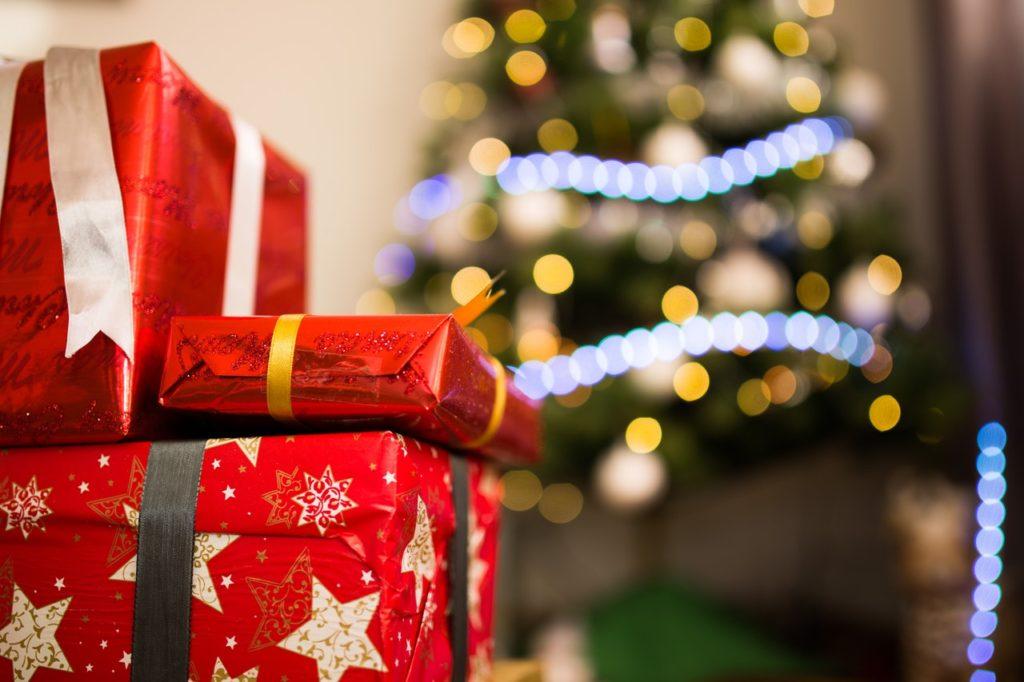 Shop And Save This Christmas