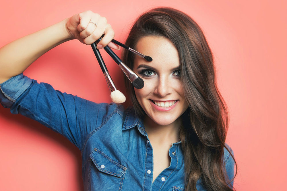 9 Time Saving Beauty Tips for Busy Moms to Look Stunning