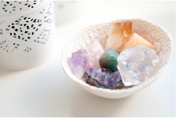 Using Gemstones and Crystals in Meditation